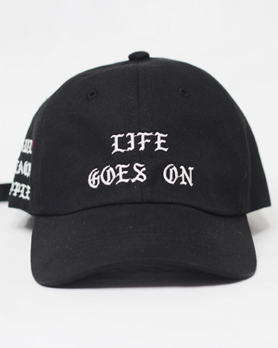 [한정입고]LAUL X BLACKAPPLE LIFE GOES ON BALL CAP BLACK(라이프고즈온 볼캡 블랙)